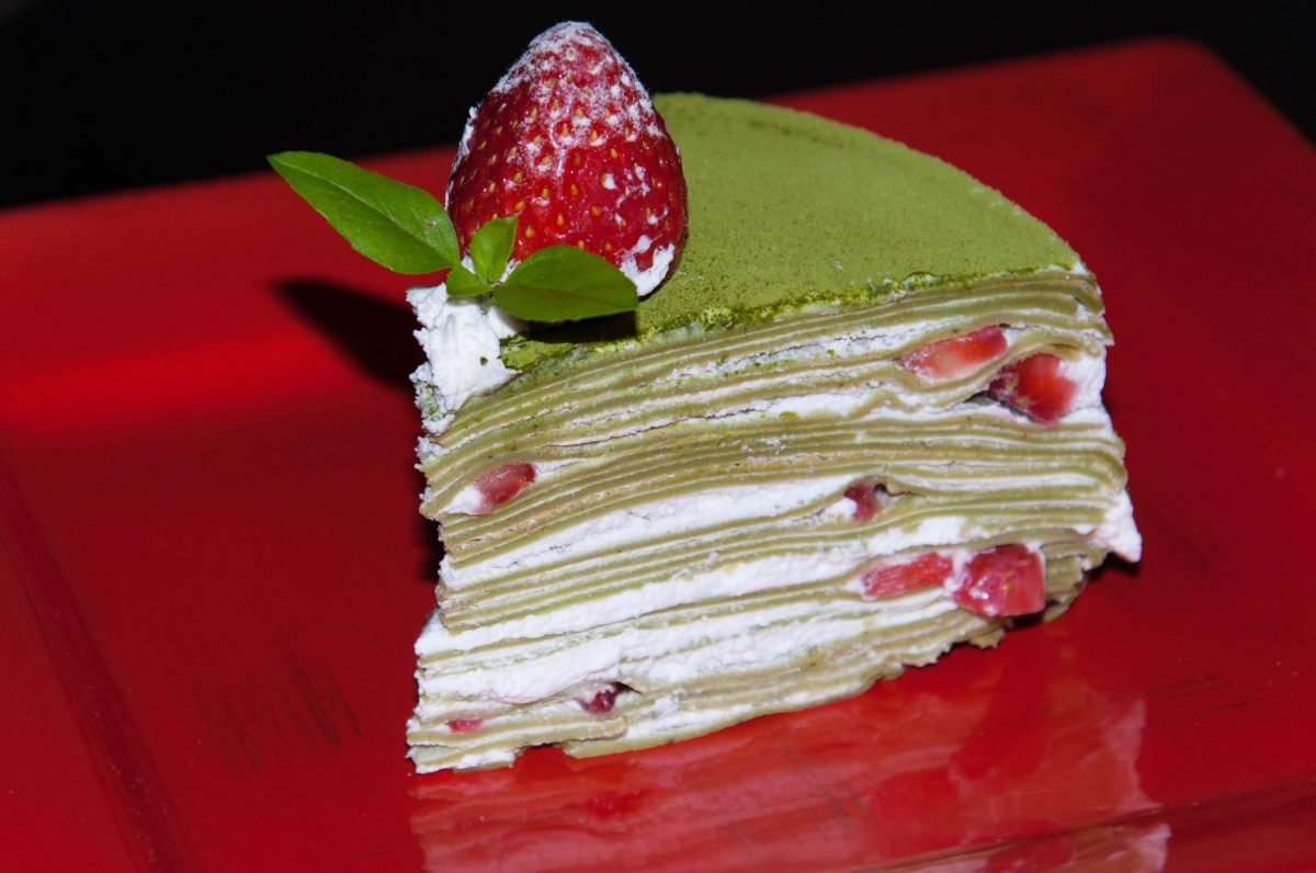 Matcha & Strawberry Crepe Cake | Valentines Day recipe